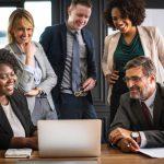 Czy każdy pracownik musi odbyć szkolenie BHP przed rozpoczęciem pracy?