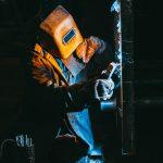 Nieprzestrzeganie przepisów BHP – jakie kary dla pracowników?